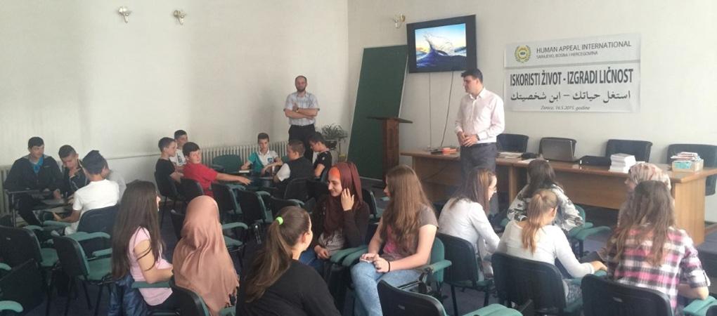 """Seminar """"Iskoristi život - izgradi ličnost"""" održan u Zenici"""
